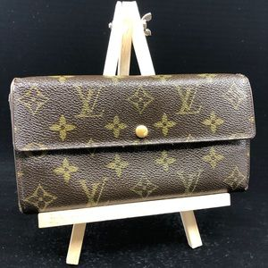 LOUIS VUITTON  Monogram Canvas Sarah Long Wallet